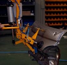 冲压钣金件搬运助力机械手
